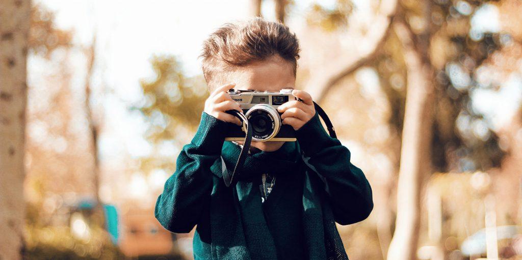 Sessões de fotografias em parceria com empresas em ascensão.